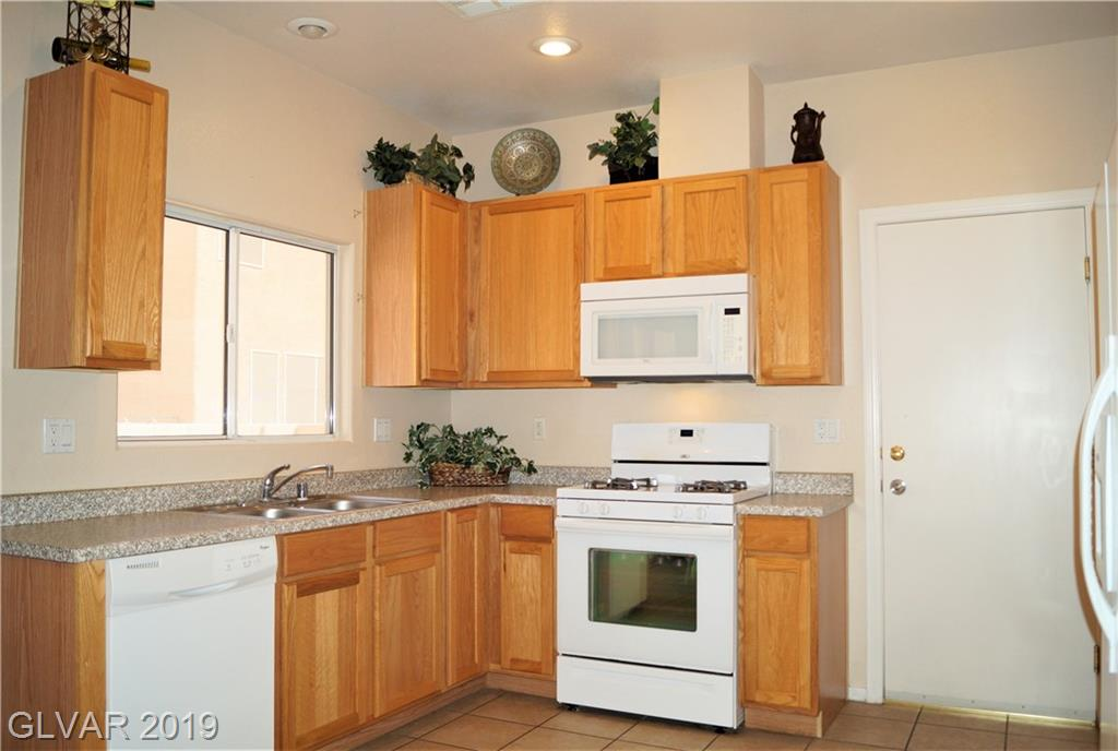 6820 Nickel Mine Ave Las Vegas, NV 89122 - Photo 5