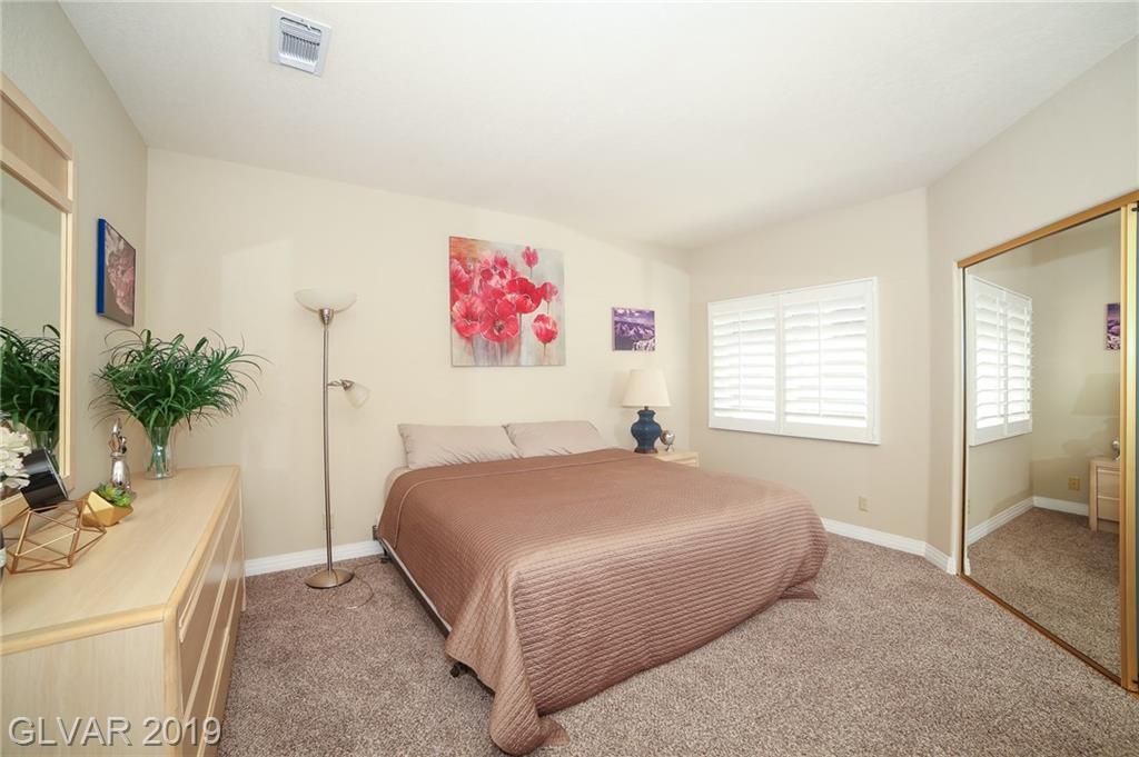 7964 Harbour Towne Ave Las Vegas, NV 89113 - Photo 9