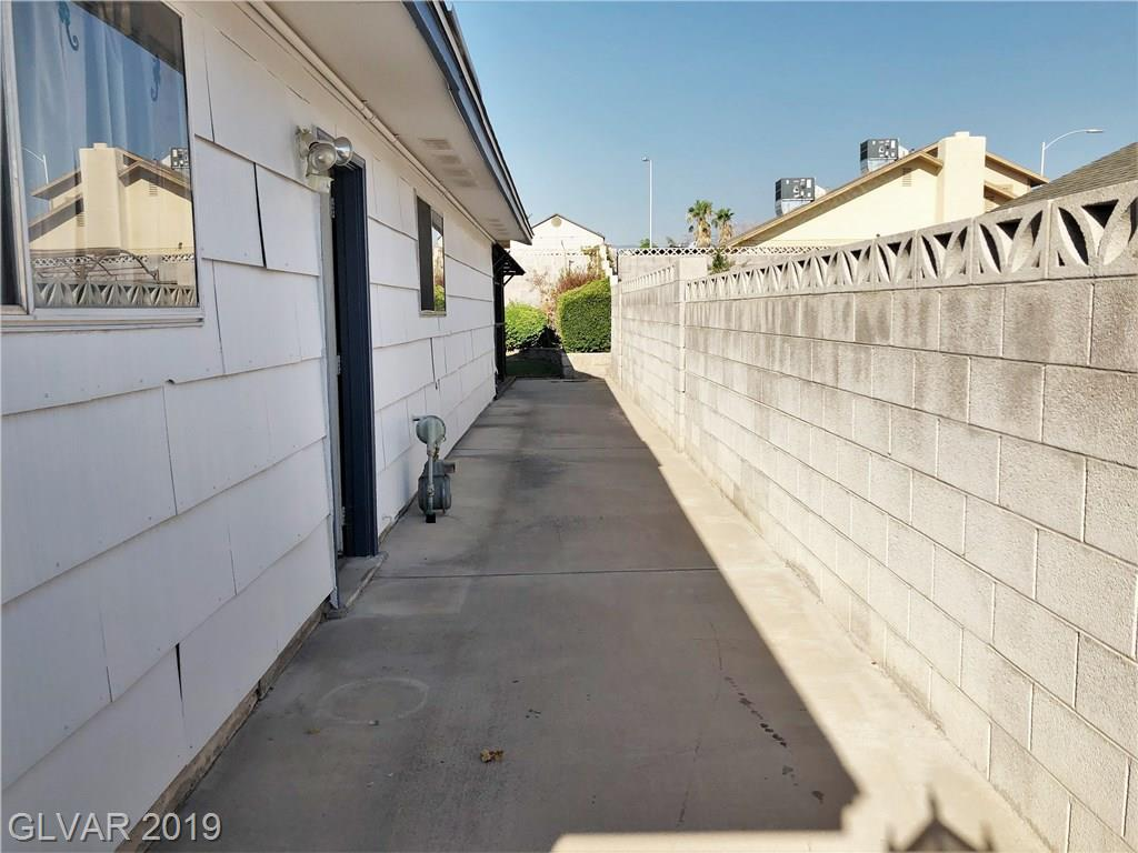 104 Celia Pl Las Vegas, NV 89145 - Photo 4