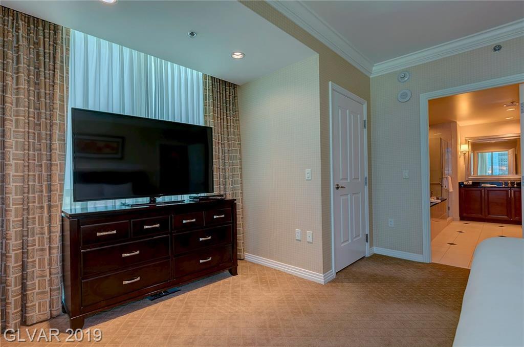 125 East Harmon Ave 2521 Las Vegas, NV 89109 - Photo 18