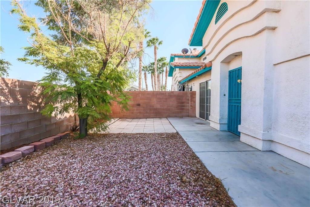 2712 Stargate St Las Vegas, NV 89108 - Photo 4