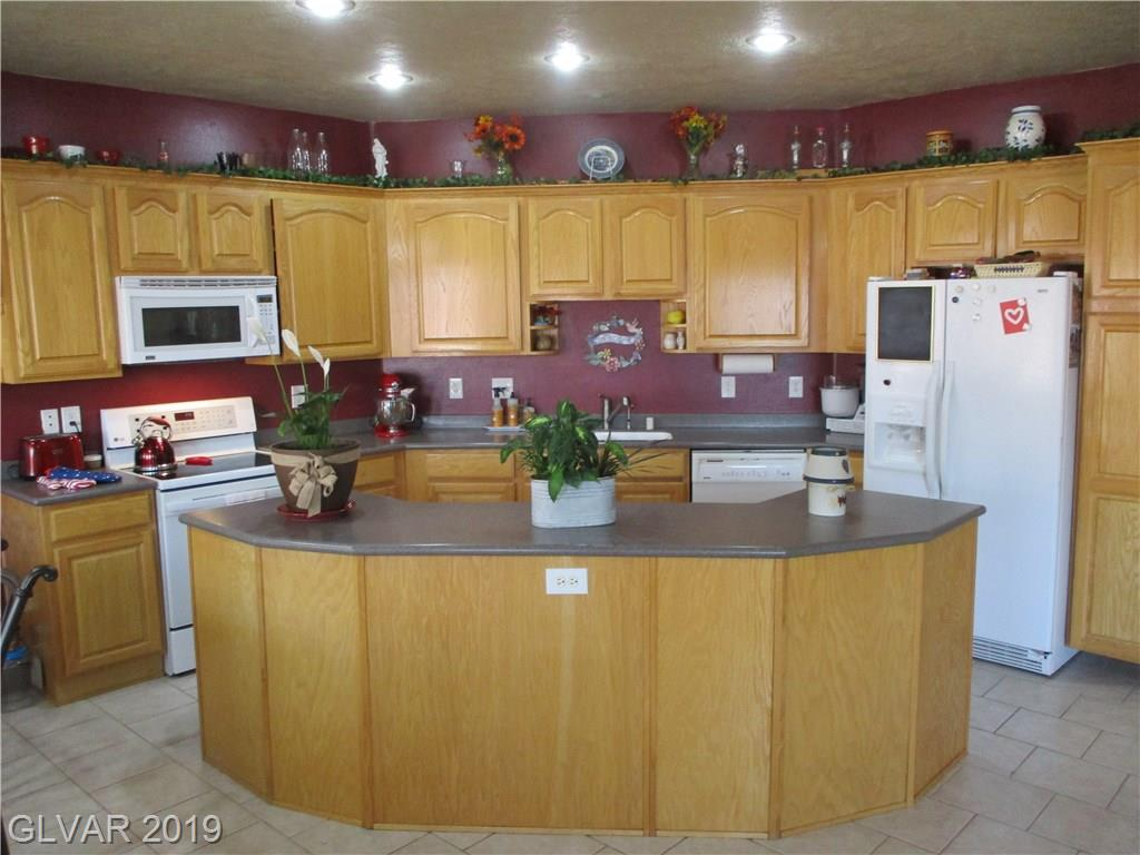 1184 Mahoney Ave Logandale, NV 89021 - Photo 2