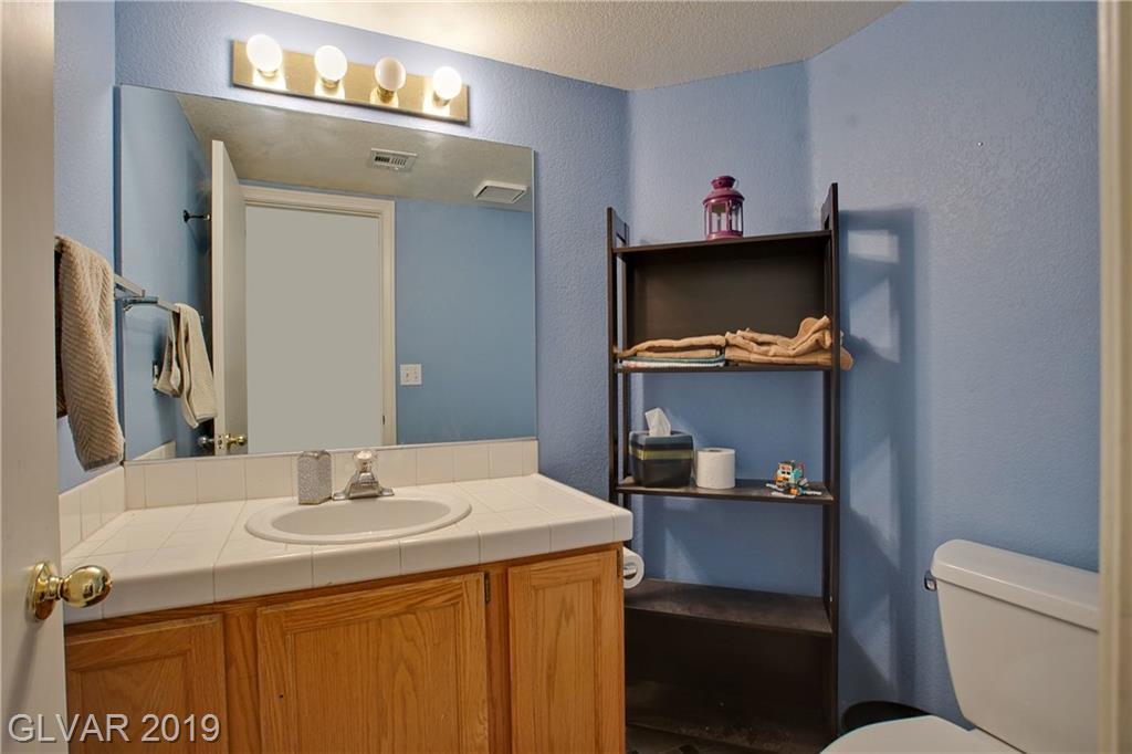 8300 Shore Breeze Dr Las Vegas, NV 89128 - Photo 12