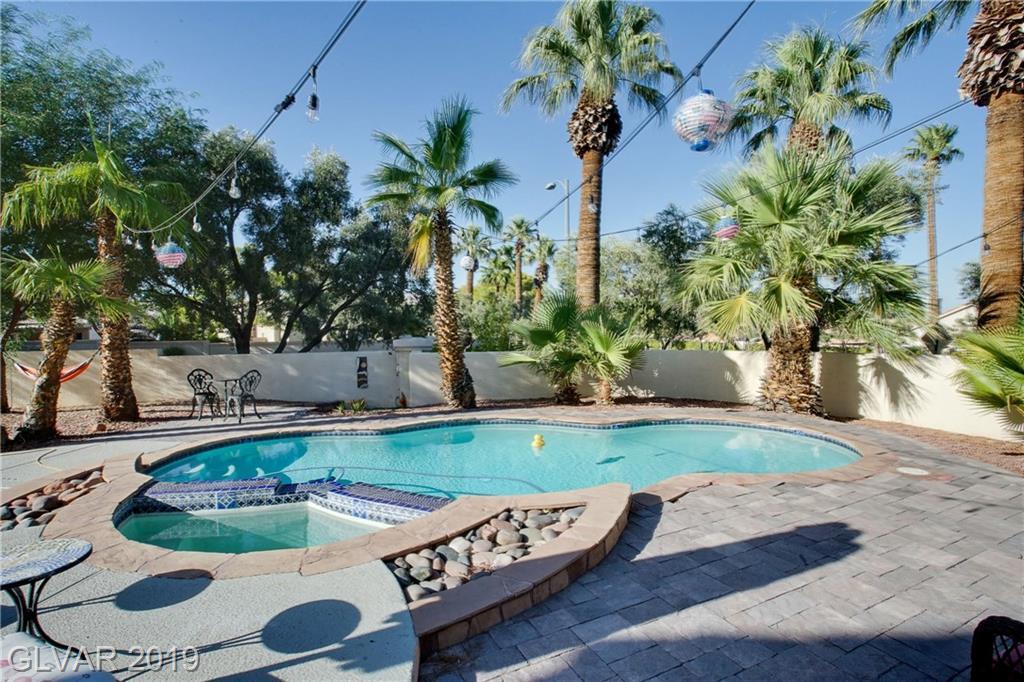 8300 Shore Breeze Dr Las Vegas, NV 89128 - Photo 23