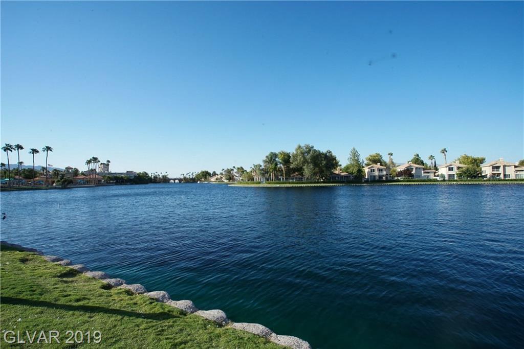 8300 Shore Breeze Dr Las Vegas, NV 89128 - Photo 27