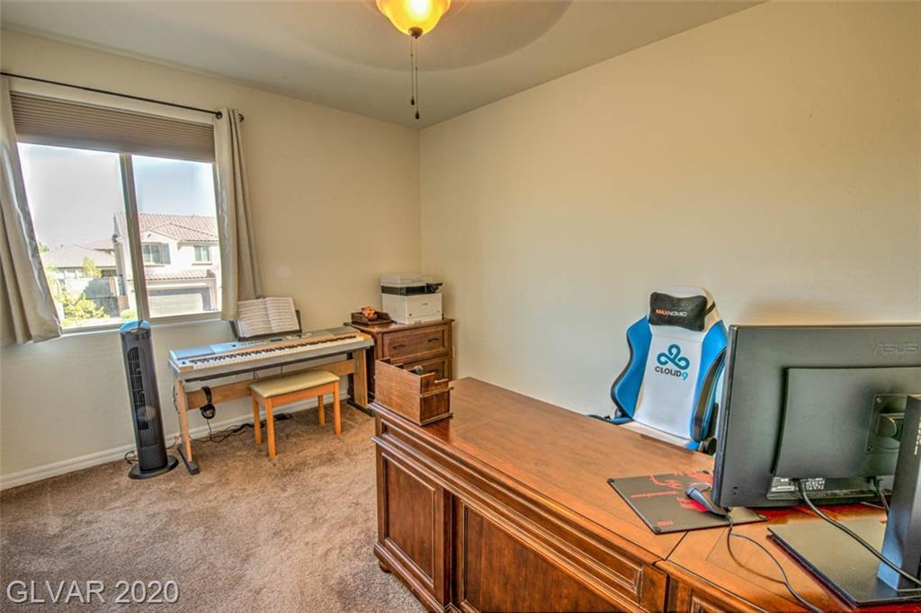 10001 Celestial Cliffs Ave Las Vegas, NV 89166 - Photo 35