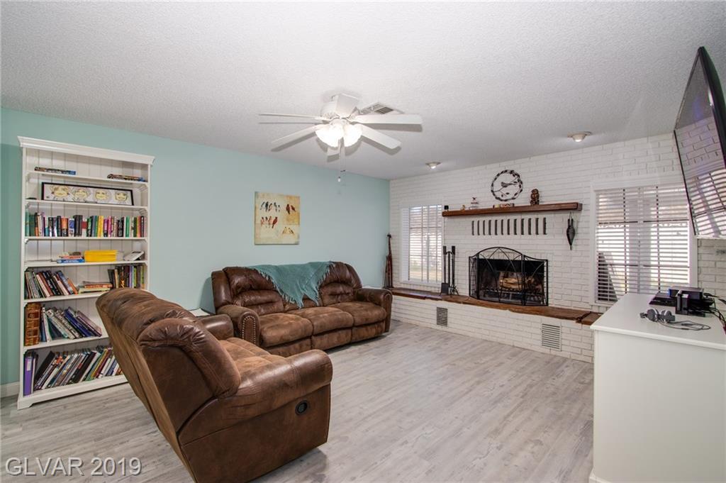 1729 Stoneybrook Dr Las Vegas, NV 89108 - Photo 9