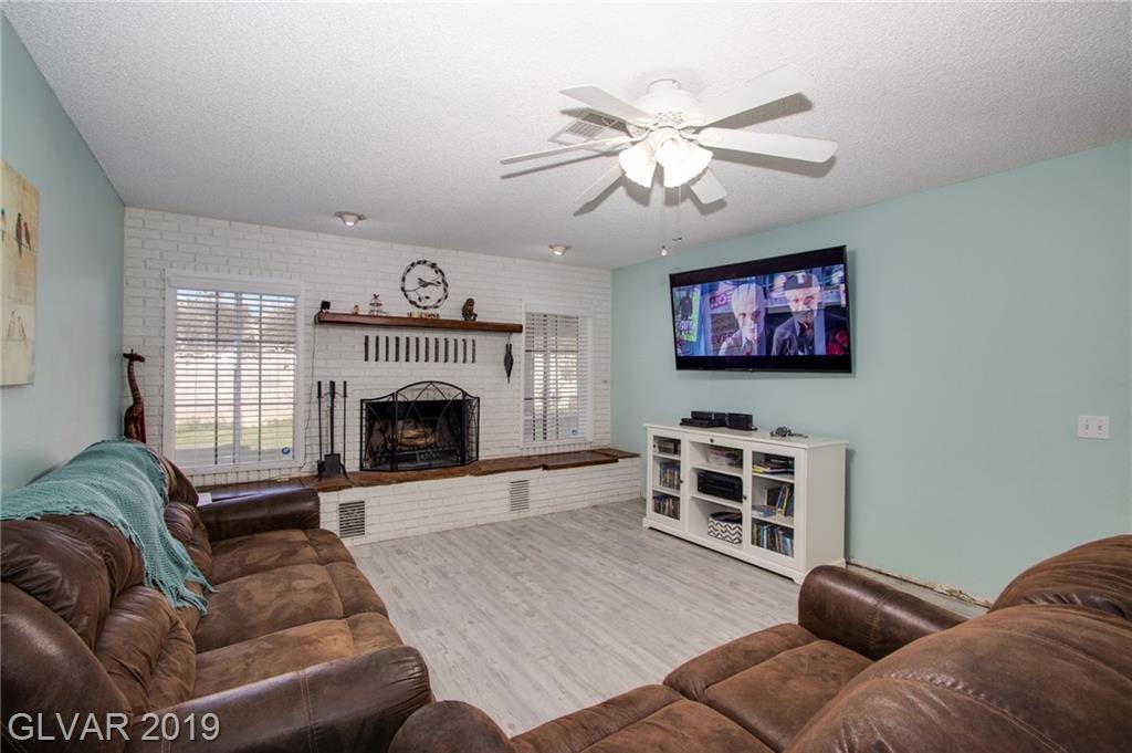 1729 Stoneybrook Dr Las Vegas, NV 89108 - Photo 10