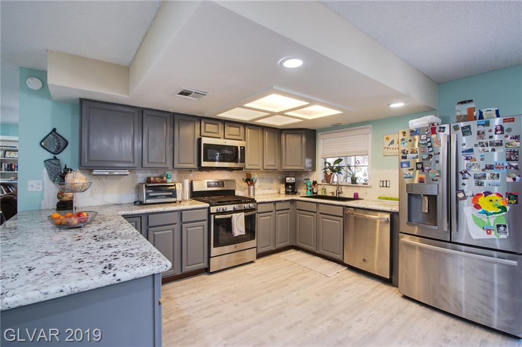 1729 Stoneybrook Dr Las Vegas, NV 89108 - Photo 14
