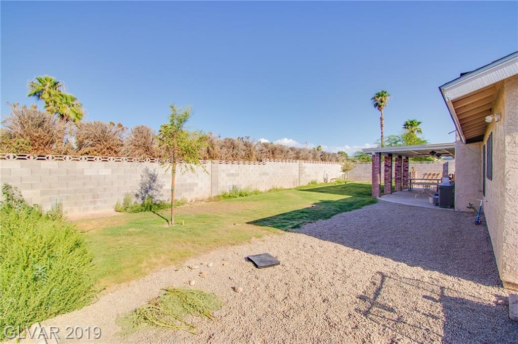 1729 Stoneybrook Dr Las Vegas, NV 89108 - Photo 20
