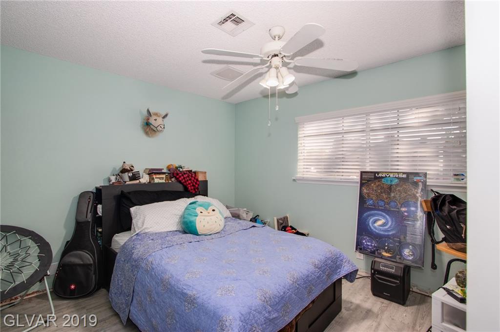 1729 Stoneybrook Dr Las Vegas, NV 89108 - Photo 8