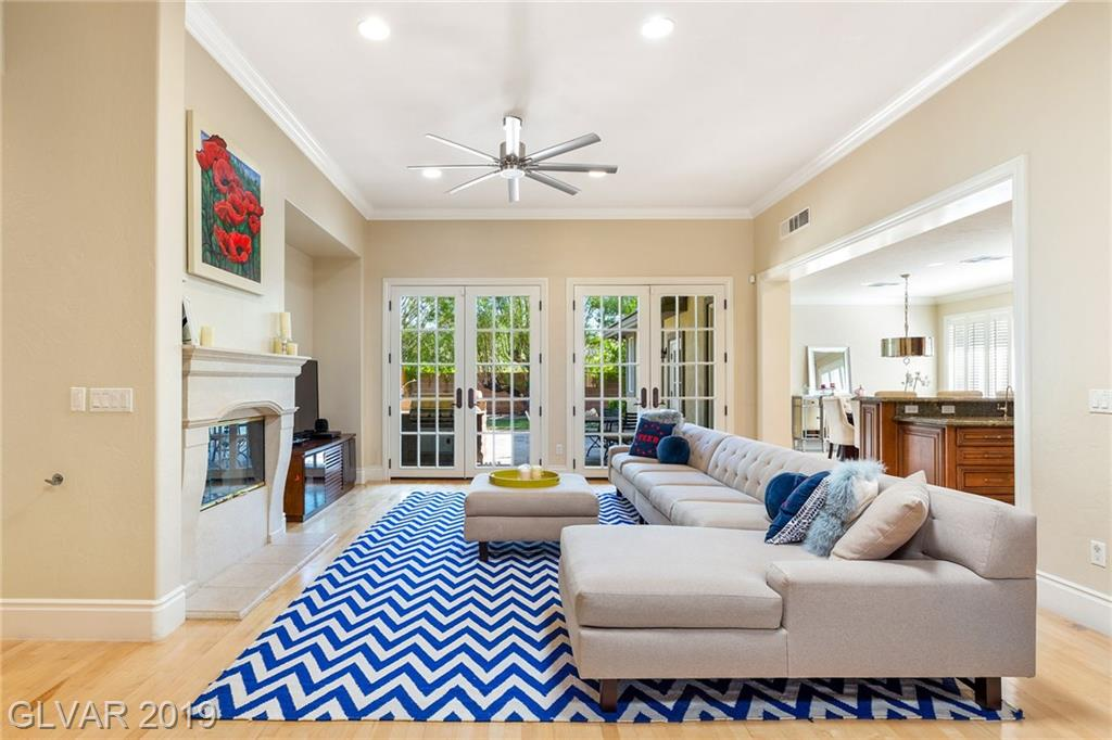Summerlin - 704 Canyon Brook Pl