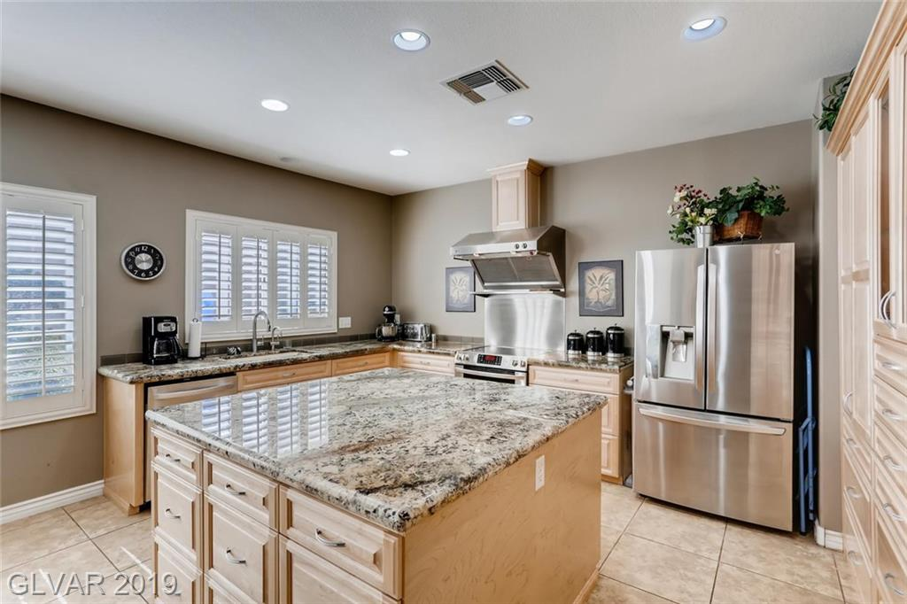 2852 Meadow Park Ave Henderson, NV 89052 - Photo 15