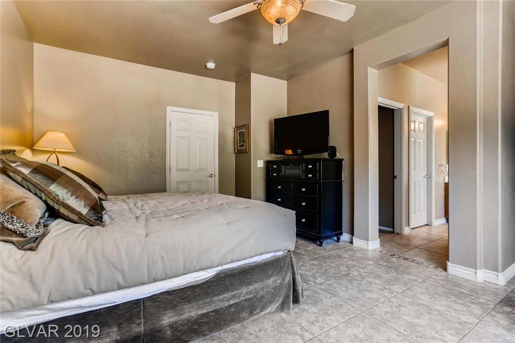 2852 Meadow Park Ave Henderson, NV 89052 - Photo 23