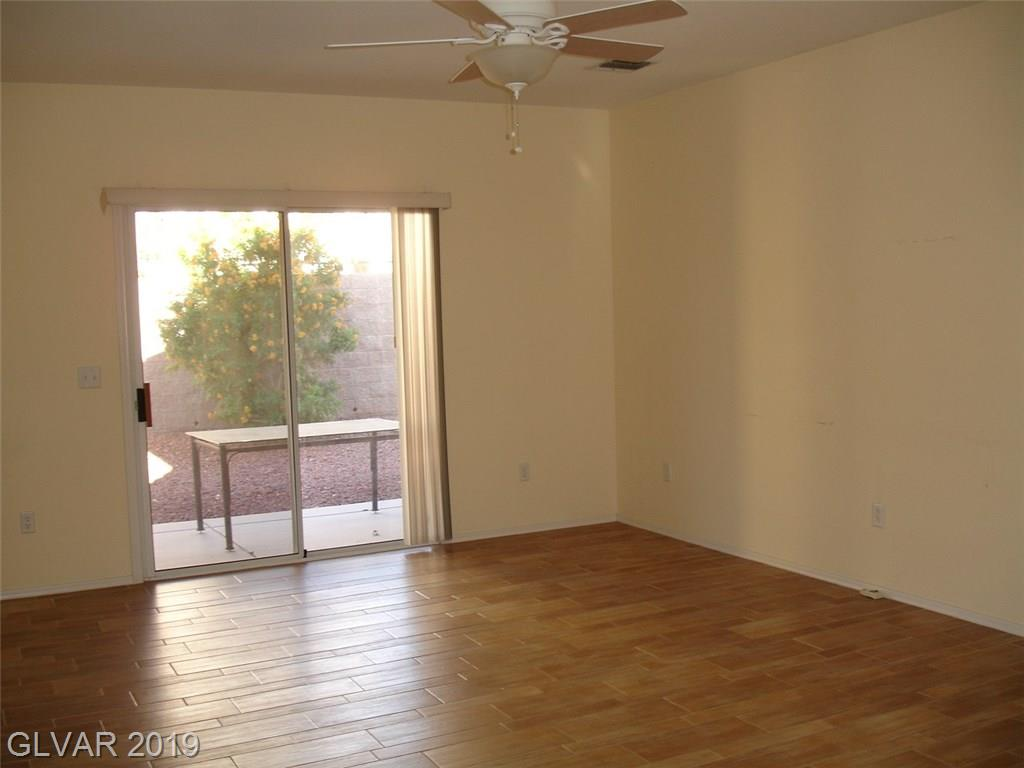 2786 Meadow Park Ave Henderson, NV 89052 - Photo 2