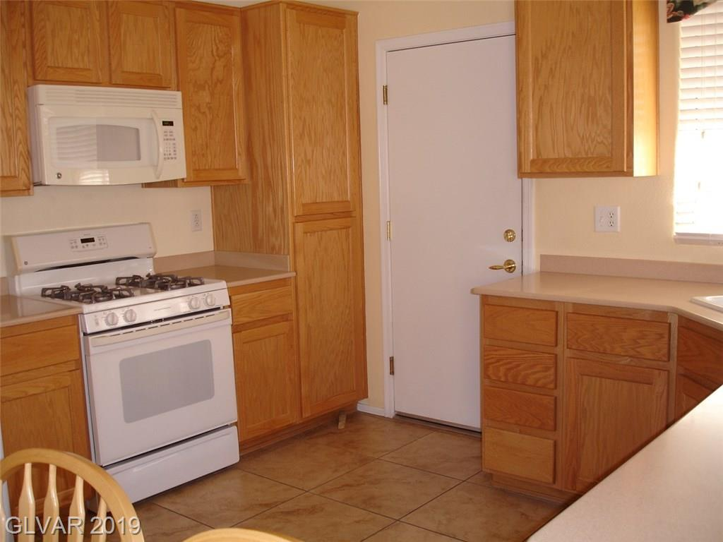 2786 Meadow Park Ave Henderson, NV 89052 - Photo 8
