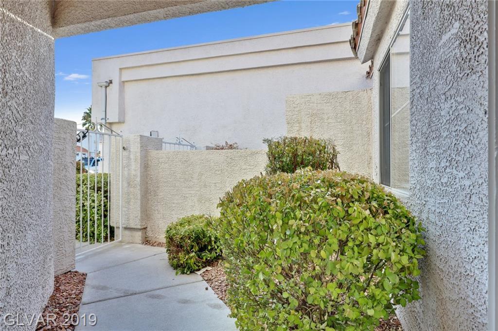 6404 Melody Rose Ave Las Vegas, NV 89108 - Photo 2