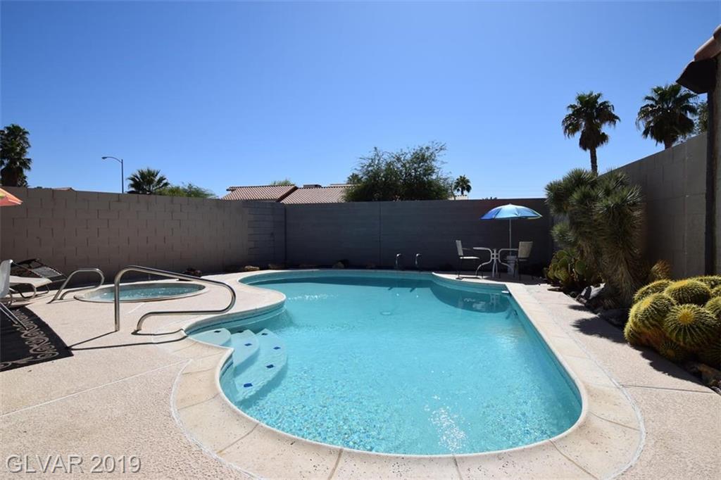 2505 Swan Ln Las Vegas, NV 89121 - Photo 11