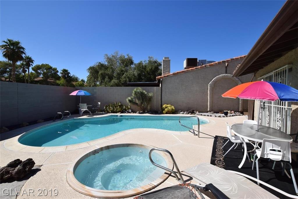 2505 Swan Ln Las Vegas, NV 89121 - Photo 12