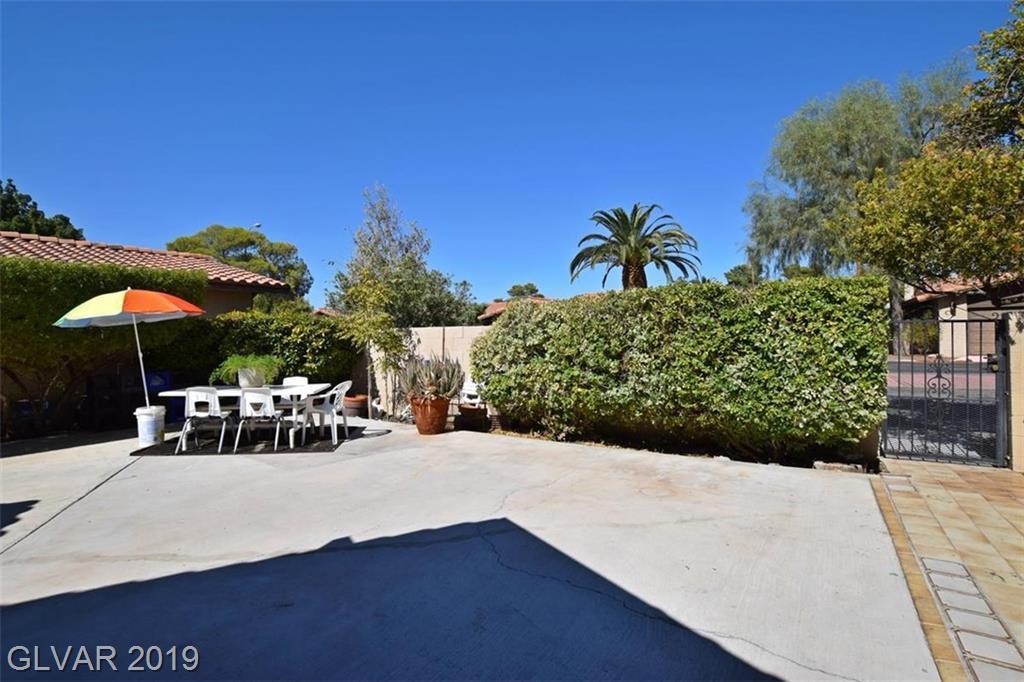 2505 Swan Ln Las Vegas, NV 89121 - Photo 8