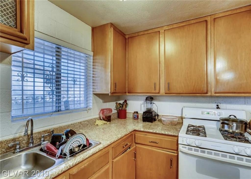 4505 Sunrise Ave Las Vegas, NV 89110 - Photo 7