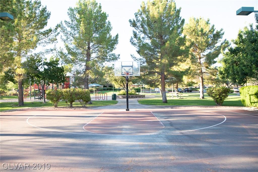 14 Paradise Valley Ct Henderson, NV 89052 - Photo 31