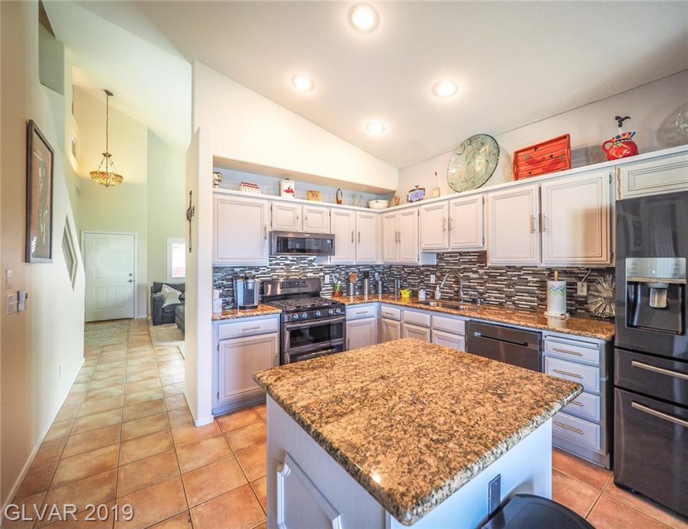 3158 Majestic Shadows Ave Henderson, NV 89052 - Photo 7