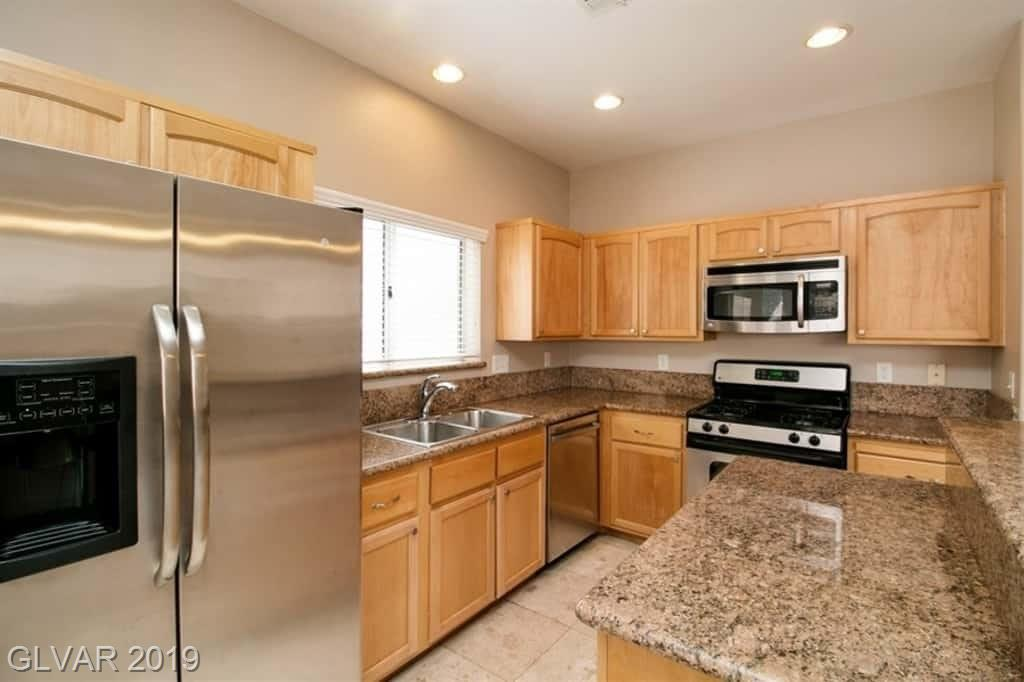 850 Binbrook Dr Henderson, NV 89052 - Photo 2