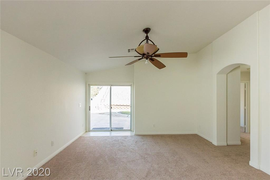 1096 Snow Roof Ave Henderson, NV 89052 - Photo 7