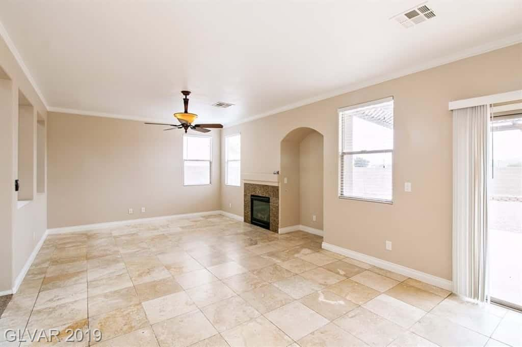 772 Valley Rise Dr Henderson, NV 89052 - Photo 3