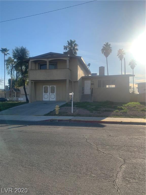 2101 Valley Las Vegas NV 89108