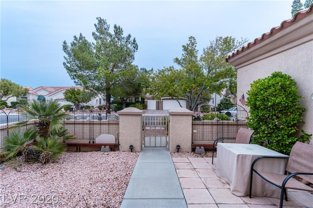 2249 Sun Cliffs St Las Vegas, NV 89134 - Photo 6