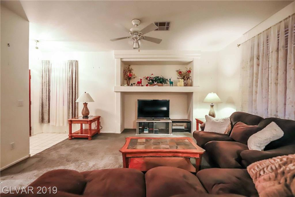 2558 Wiltshire Ave Henderson, NV 89052 - Photo 3