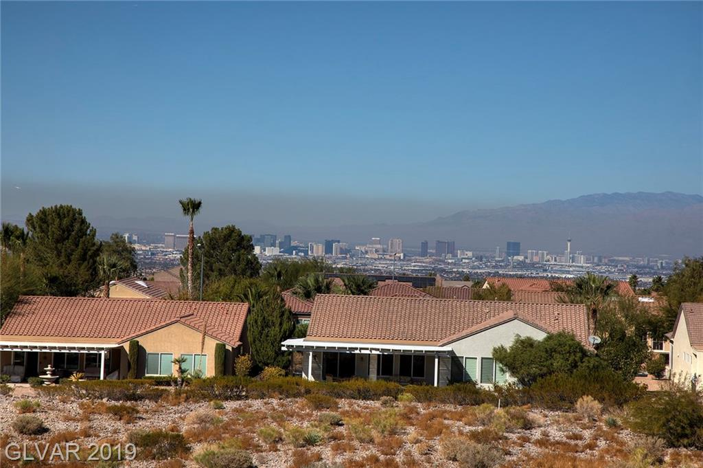 2556 Forest City Dr Henderson, NV 89052 - Photo 2