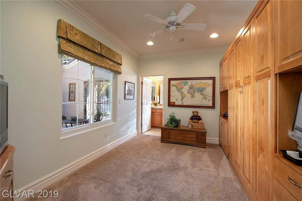 2556 Forest City Dr Henderson, NV 89052 - Photo 33
