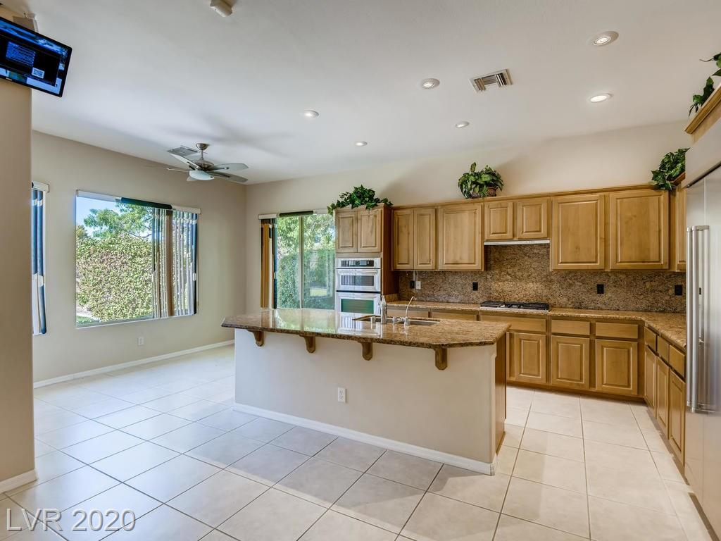 46 Feather Sound Dr Henderson, NV 89052 - Photo 3