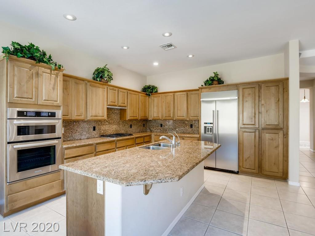 46 Feather Sound Dr Henderson, NV 89052 - Photo 4