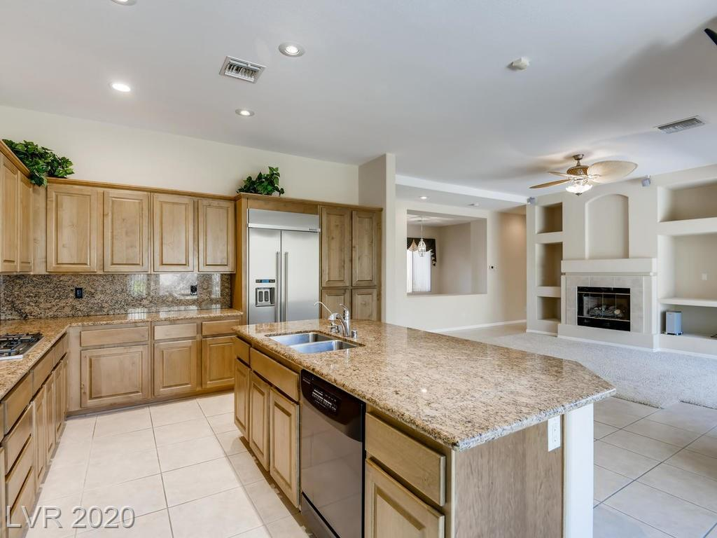 46 Feather Sound Dr Henderson, NV 89052 - Photo 5