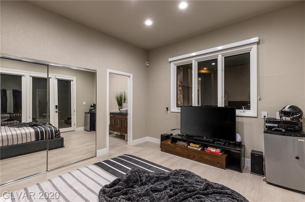 8130 Castle Pines Ave Las Vegas, NV 89113 - Photo 18