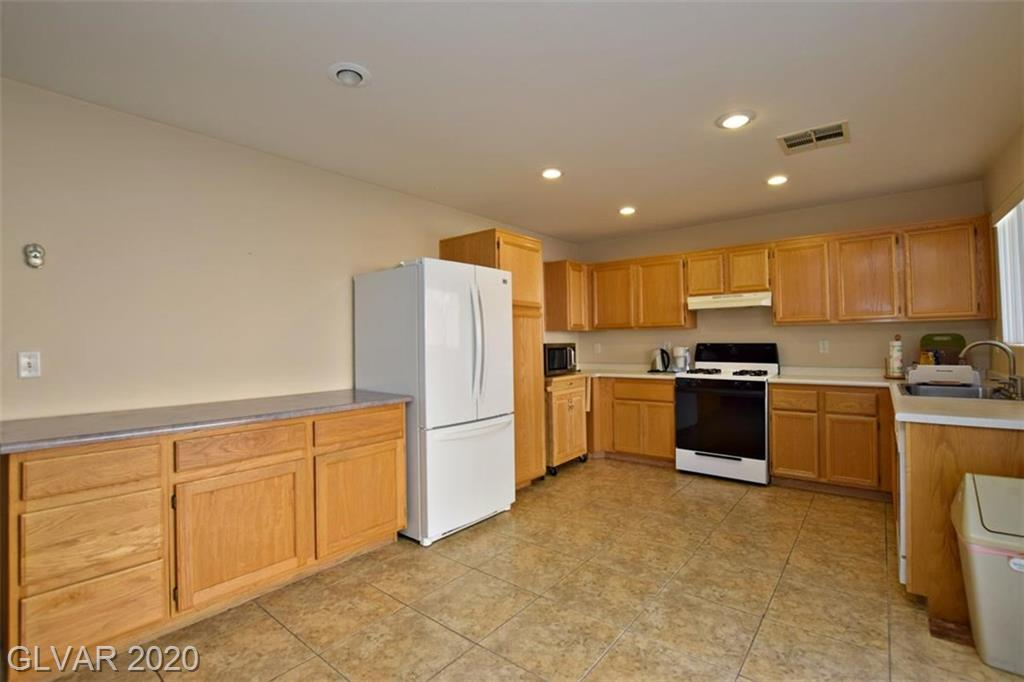 11024 Rossi Ave Las Vegas, NV 89144 - Photo 10