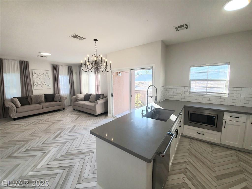 3825 Ormond Beach St 201 Las Vegas, NV 89129 - Photo 3