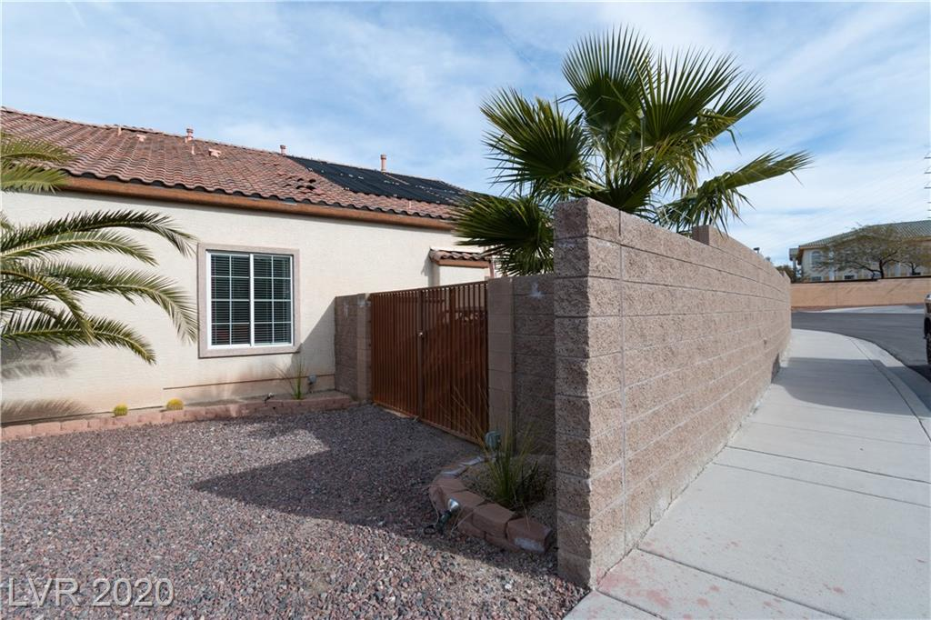 680 Doubleshot Ln Henderson, NV 89052 - Photo 30