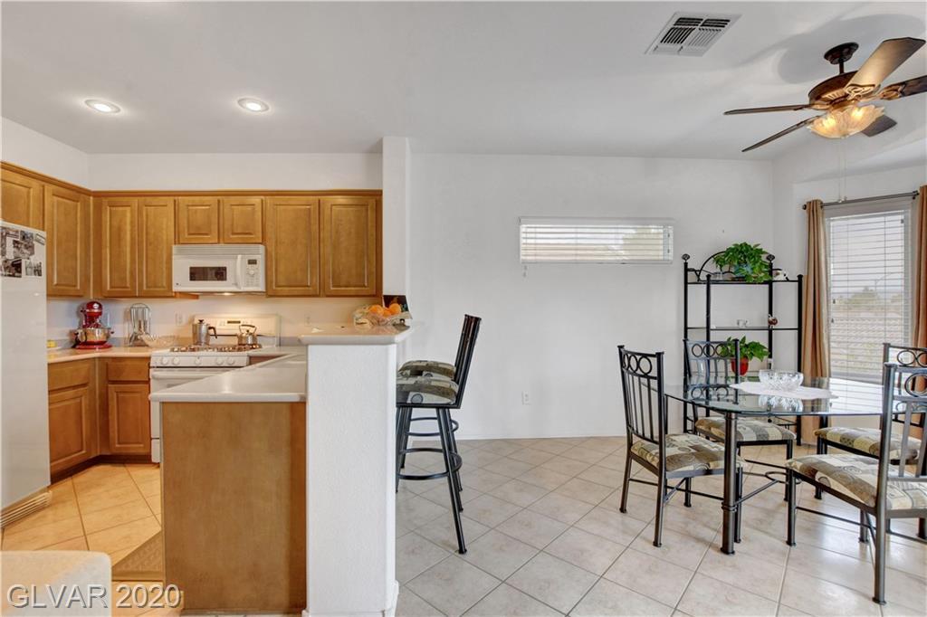 2347 Schaeffer Hills Dr Las Vegas, NV 89052 - Photo 14