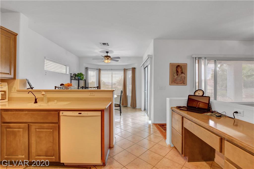2347 Schaeffer Hills Dr Las Vegas, NV 89052 - Photo 17