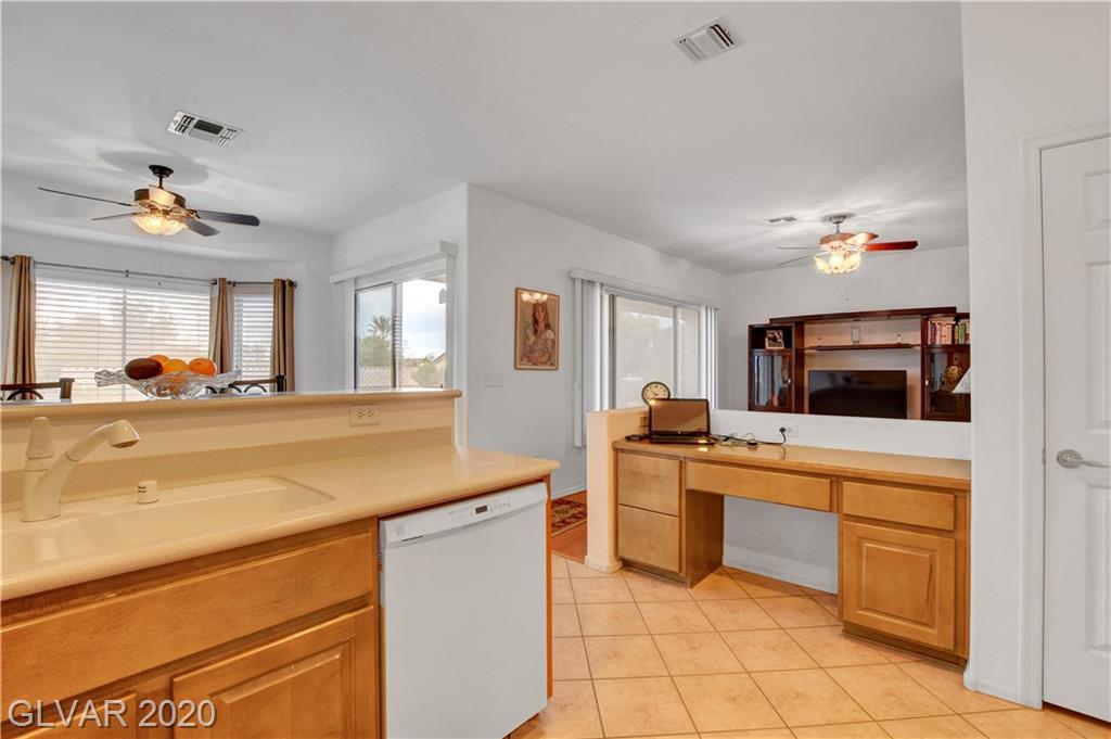 2347 Schaeffer Hills Dr Las Vegas, NV 89052 - Photo 18
