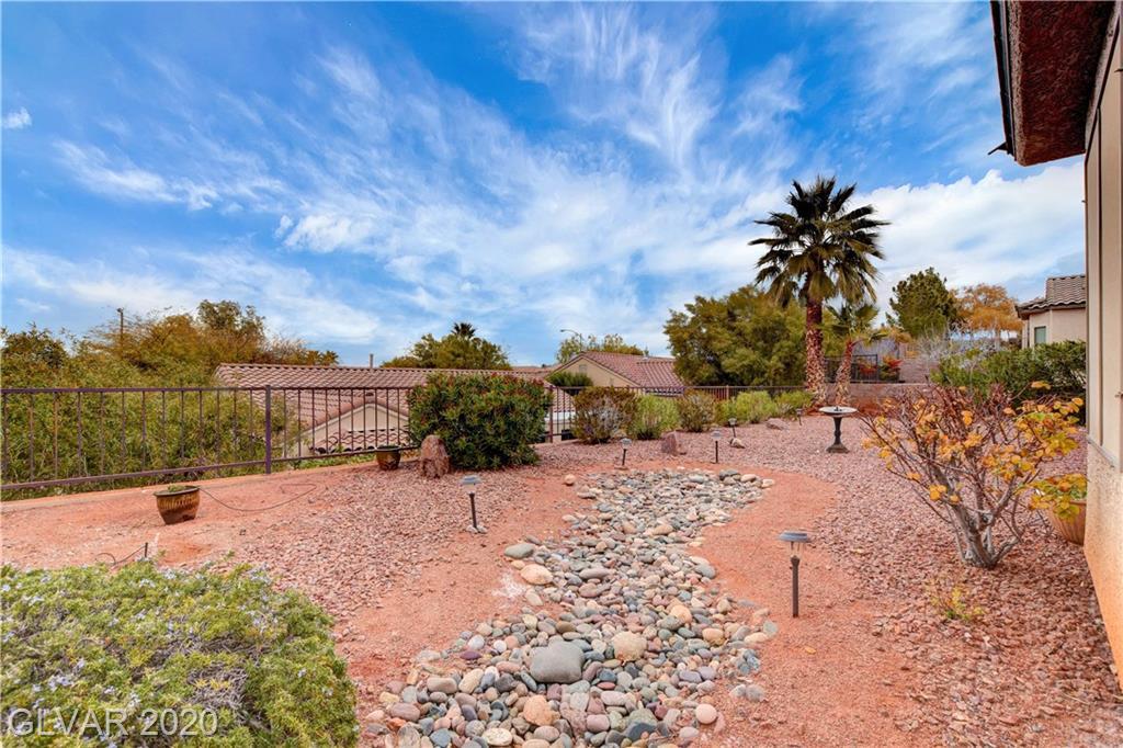2347 Schaeffer Hills Dr Las Vegas, NV 89052 - Photo 38