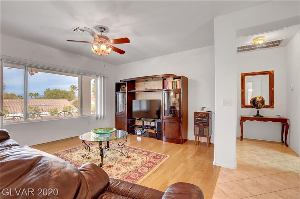 2347 Schaeffer Hills Dr Las Vegas, NV 89052 - Photo 5