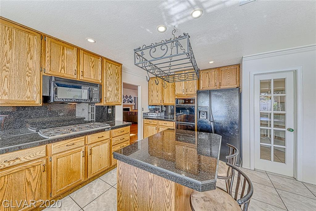 10013 Sailfish Cir Las Vegas, NV 89117 - Photo 11