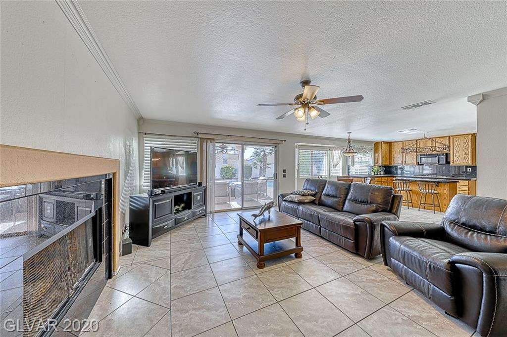 10013 Sailfish Cir Las Vegas, NV 89117 - Photo 16