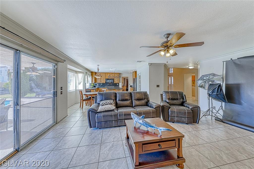 10013 Sailfish Cir Las Vegas, NV 89117 - Photo 17